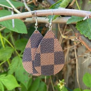 Jewelry - Brown check vegan leather teardrop earrings NEW